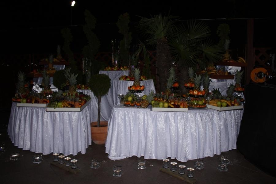 Sculpturi in fructe